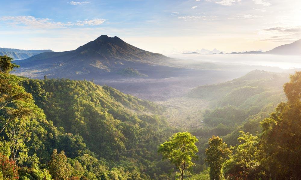 гора Батур