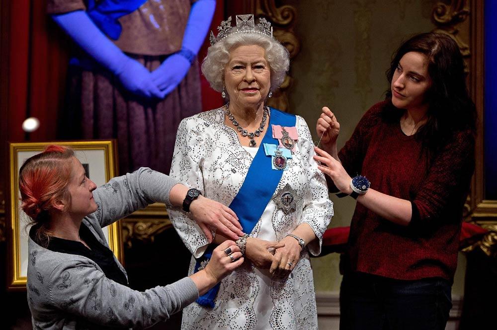 Королева Англии из воска