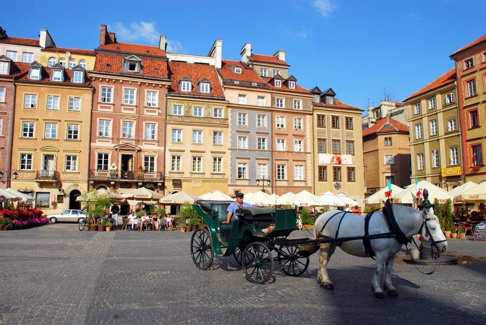 где погулять по Варшаве вечером