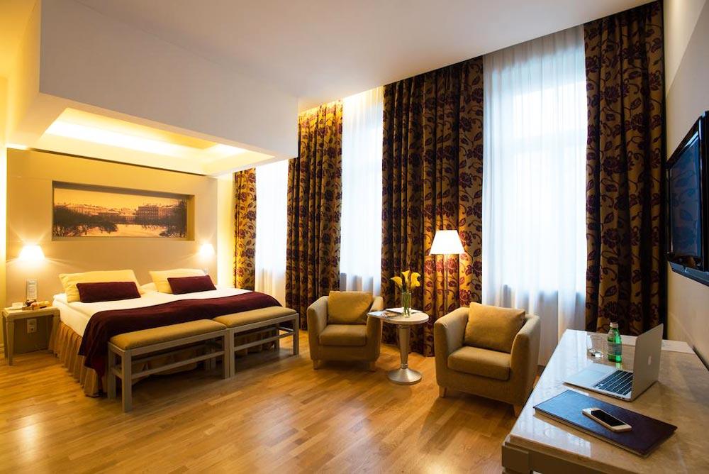 Роскошные отели в Риге 5 звезд
