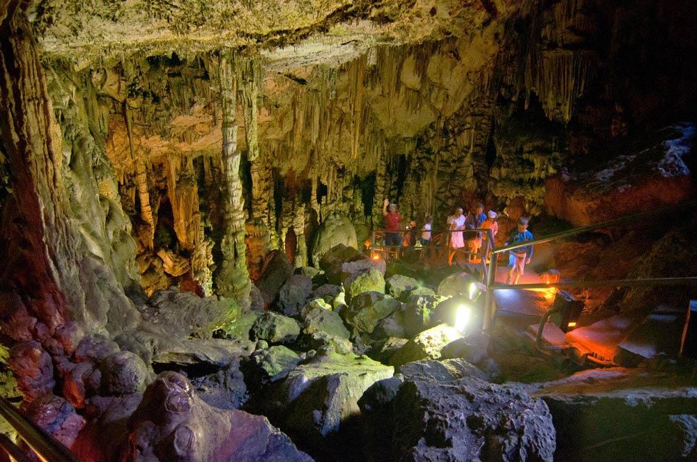 Диктейская или пещера Зевса