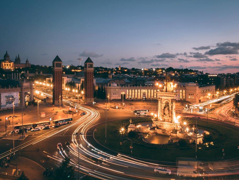 Барселона вечером