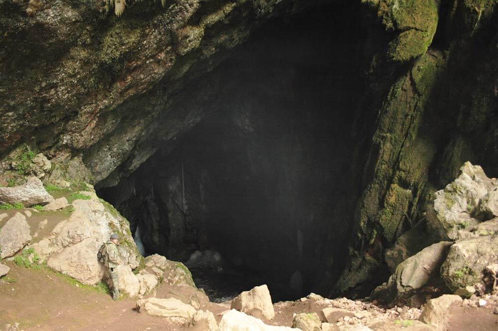пещера в Крыму