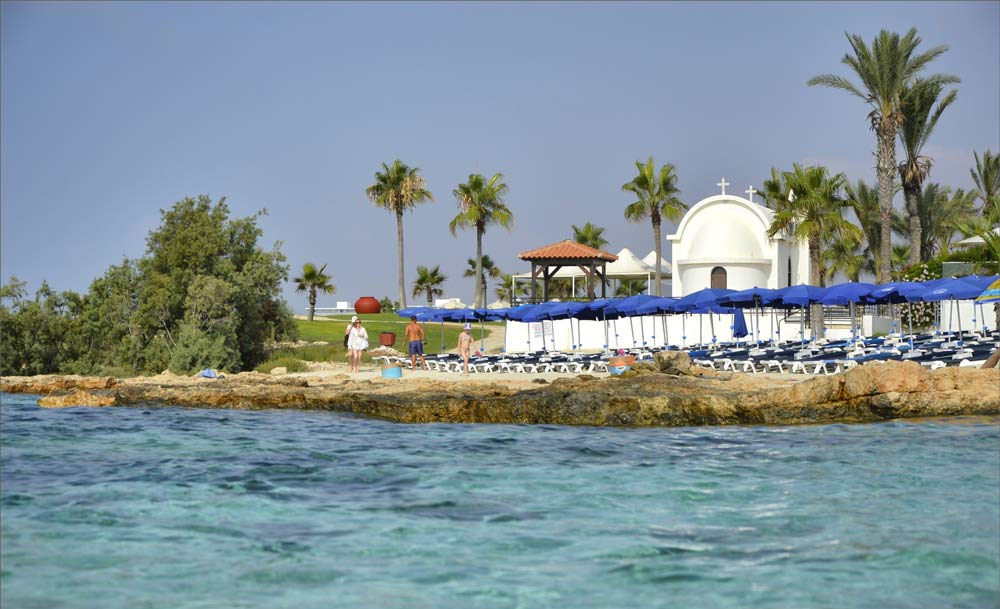 Отели Айя-Напы у моря