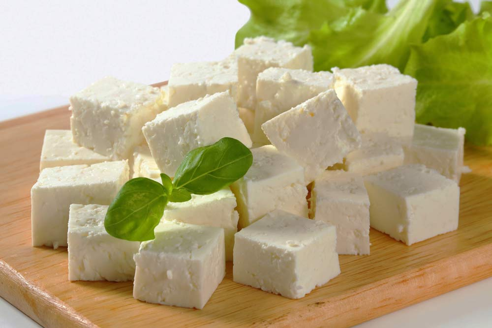 Сыр в Сочи на рынке