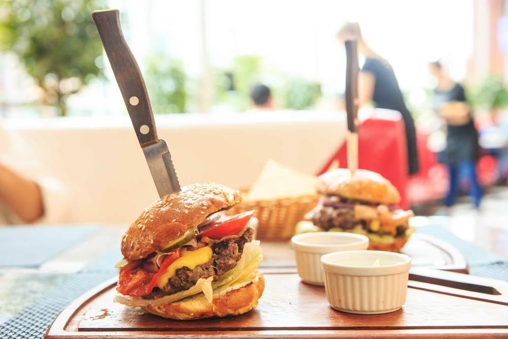 вкусный бургер