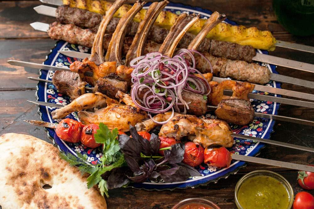 Шашлык из разных сортов мяса