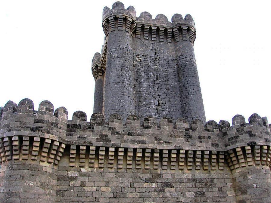 Четырехугольный замок