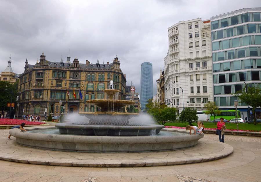 Plaza Moyua