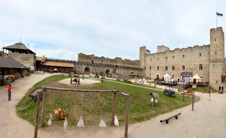 Замок Везенберг