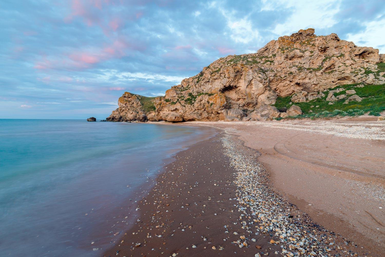 Побережье Крыма летом